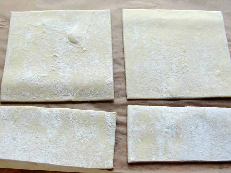 Uientaart maak je met veel ui, prei en knoflook