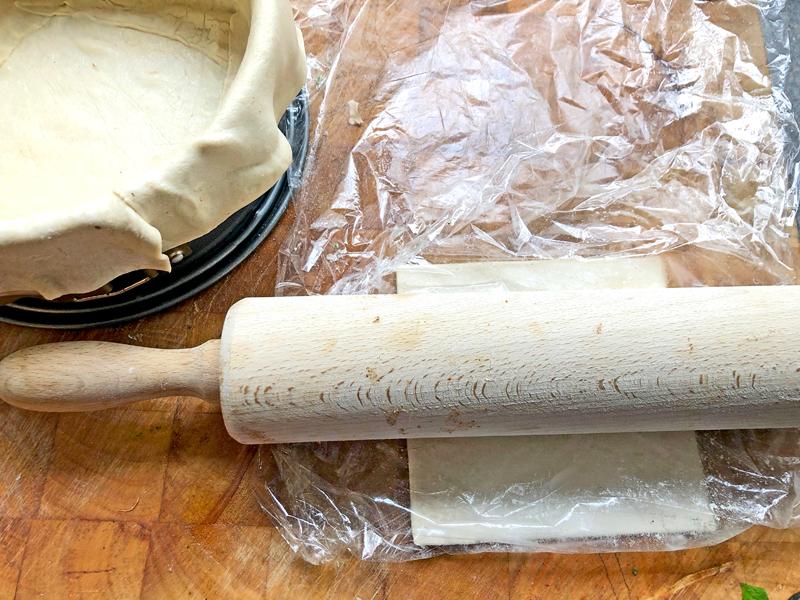 Mizithra zachte kaas met veel kruiden in bladerdeeg