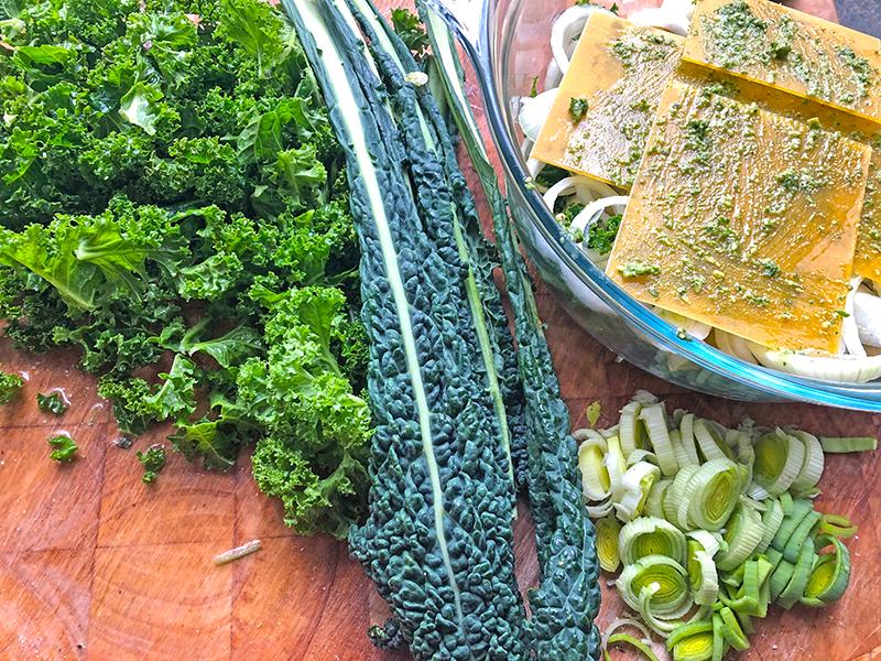 Boerenkool linzen lasagne met een kruidenmix